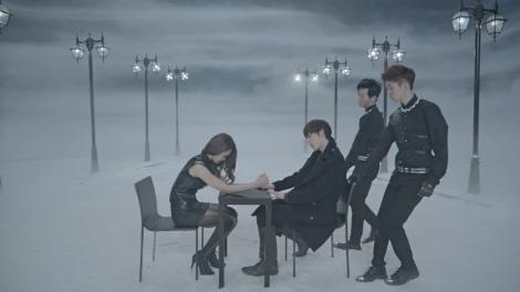 nuest-hello-minhyun-chair-dance1